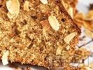 Рецепта Домашен кекс с бадеми без мляко с газирана вода